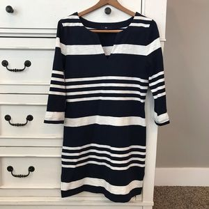 Gap 3/4 Sleeve Navy Blue and White Cotton Dress.
